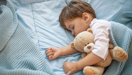toddler asleep 5 ways build child's immune system AptaNutrition