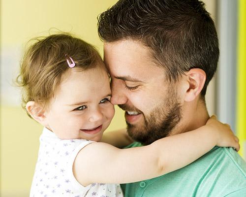 partner bonding with baby
