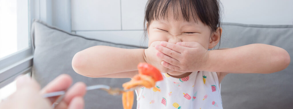 Why toddlers go through a fussy eating phase | Nutricia